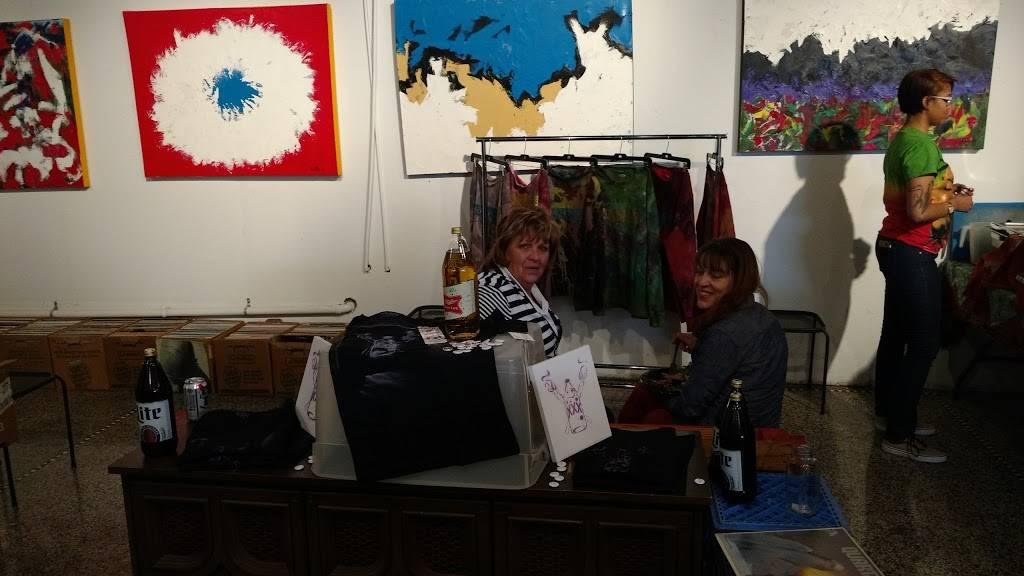 Rock City Records - electronics store  | Photo 5 of 10 | Address: 14401 E Jefferson Ave #2933, Detroit, MI 48215, USA | Phone: (313) 499-1540