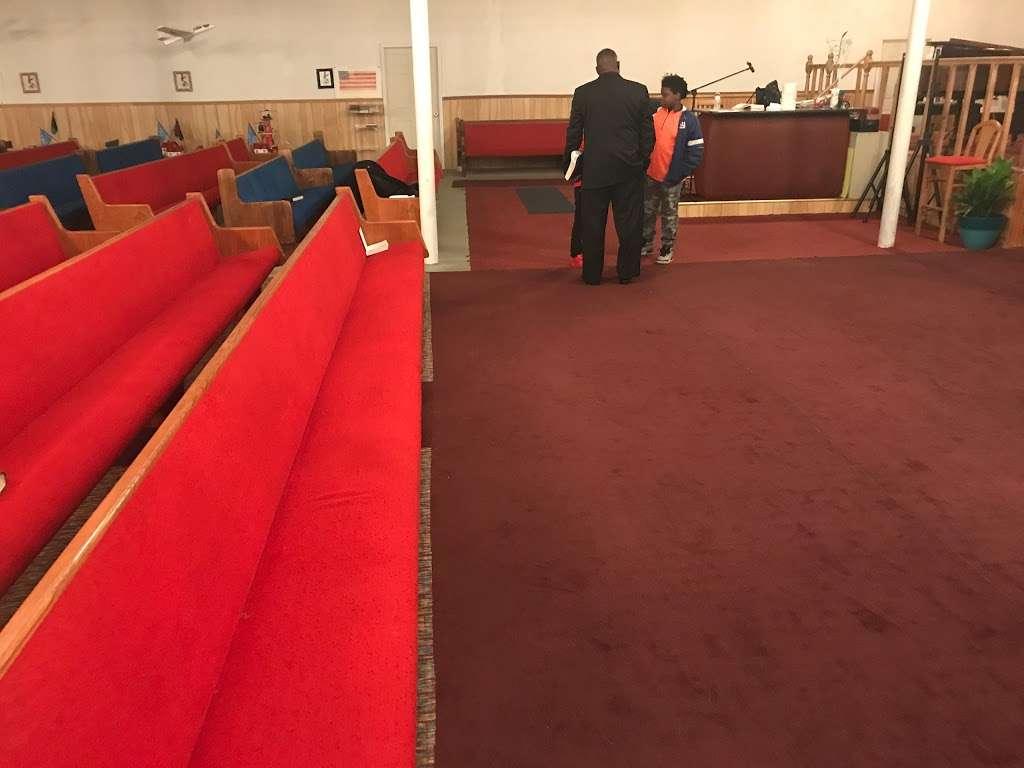 Antioch Road to Glory International Ministries - church  | Photo 2 of 10 | Address: 3746 N Davidson St, Charlotte, NC 28205, USA