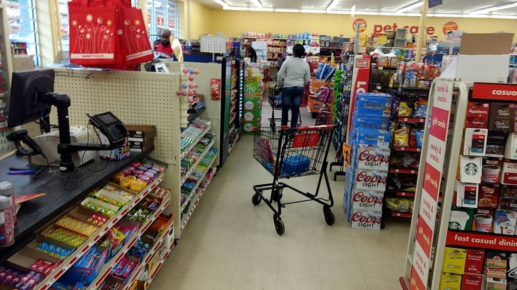 Family Dollar - supermarket  | Photo 10 of 10 | Address: 4301 Statesville Rd, Charlotte, NC 28269, USA | Phone: (704) 921-0647