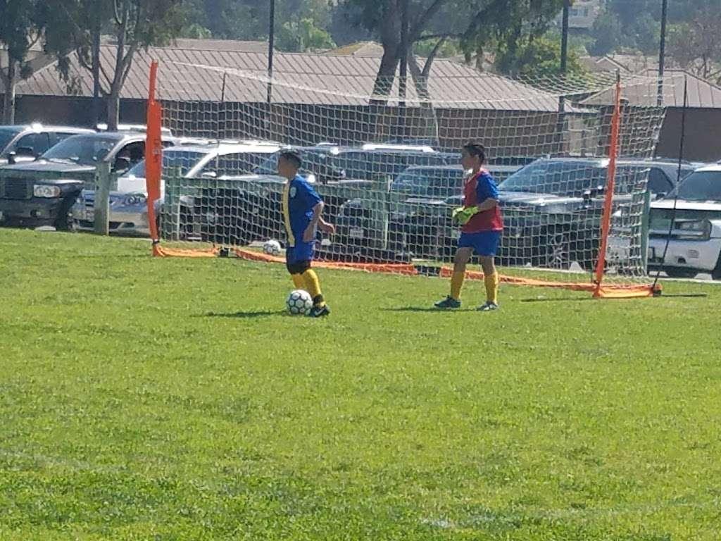 Behringer Park Athletic Facility - park  | Photo 2 of 10 | Address: 15900 Alicante Rd, La Mirada, CA 90638, USA | Phone: (562) 943-7277