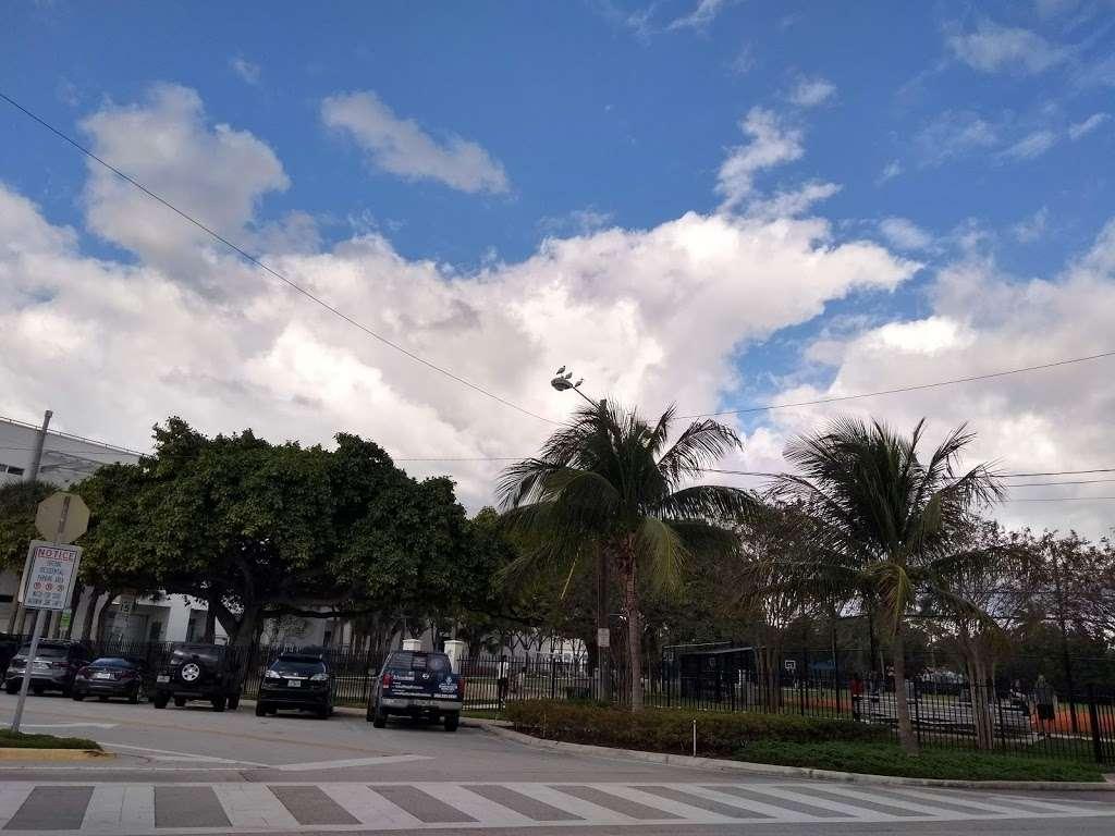 Polo Park - park  | Photo 9 of 10 | Address: 4301 N Michigan Ave, Miami Beach, FL 33140, USA