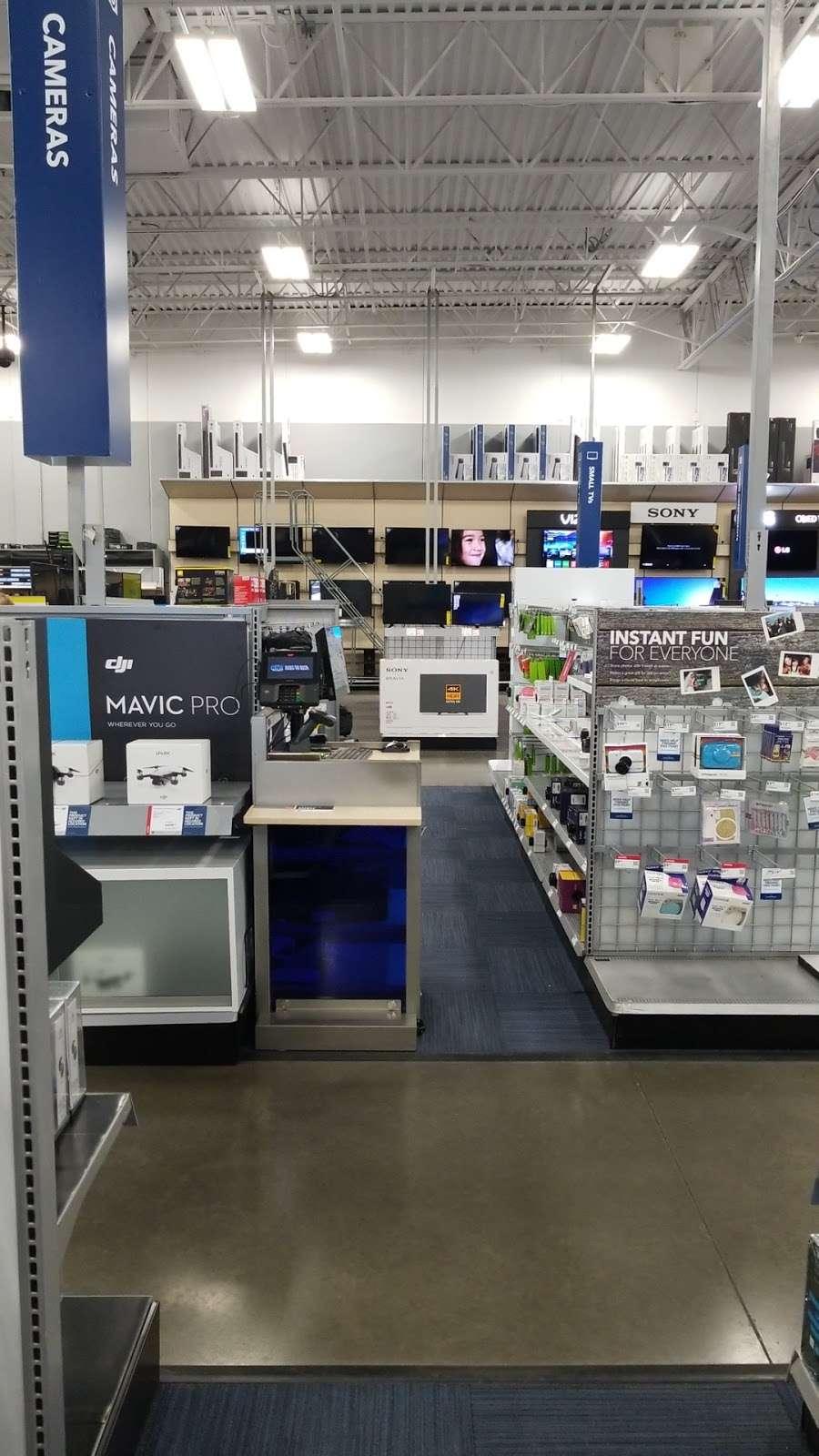 Best Buy - electronics store  | Photo 7 of 10 | Address: 3849 S Delsea Dr, Vineland, NJ 08360, USA | Phone: (856) 765-1880