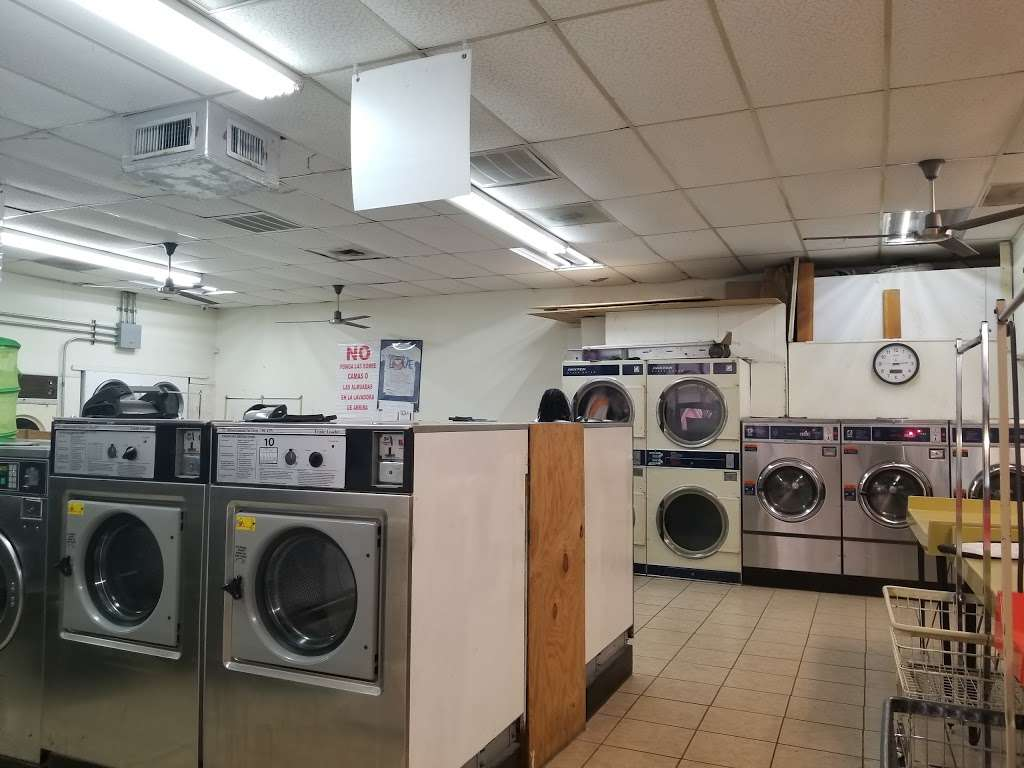 A-1 Washateria and dry cleaners - laundry  | Photo 1 of 10 | Address: 28106 Heidi Ln, Tomball, TX 77375, USA | Phone: (281) 357-0678