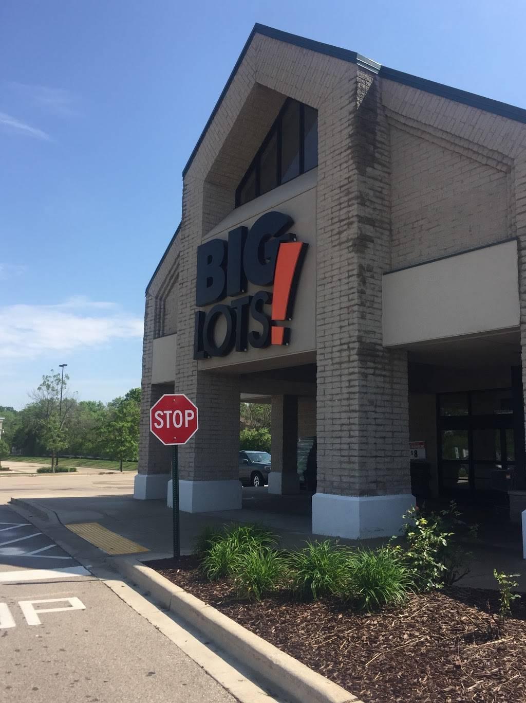 Big Lots - furniture store  | Photo 3 of 7 | Address: N78w14511 Appleton Ave, Menomonee Falls, WI 53051, USA | Phone: (262) 255-4601