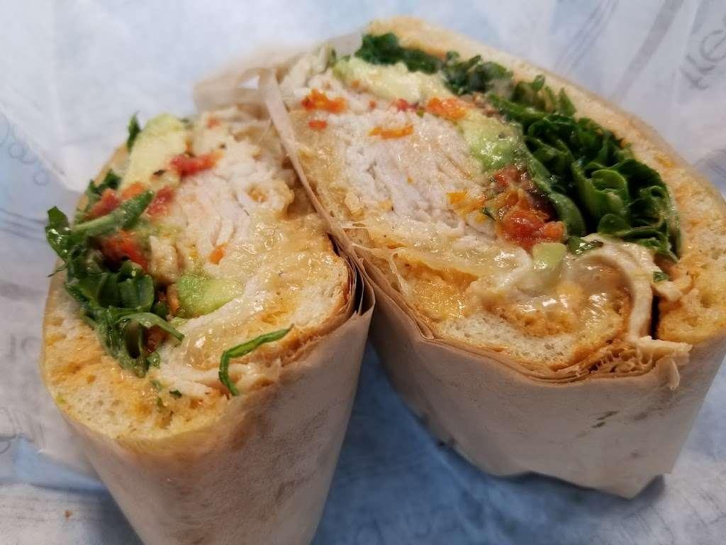 Au Bon Pain - cafe  | Photo 2 of 10 | Address: 1 Laguardia Airport, Flushing, NY 11371, USA | Phone: (718) 639-2516