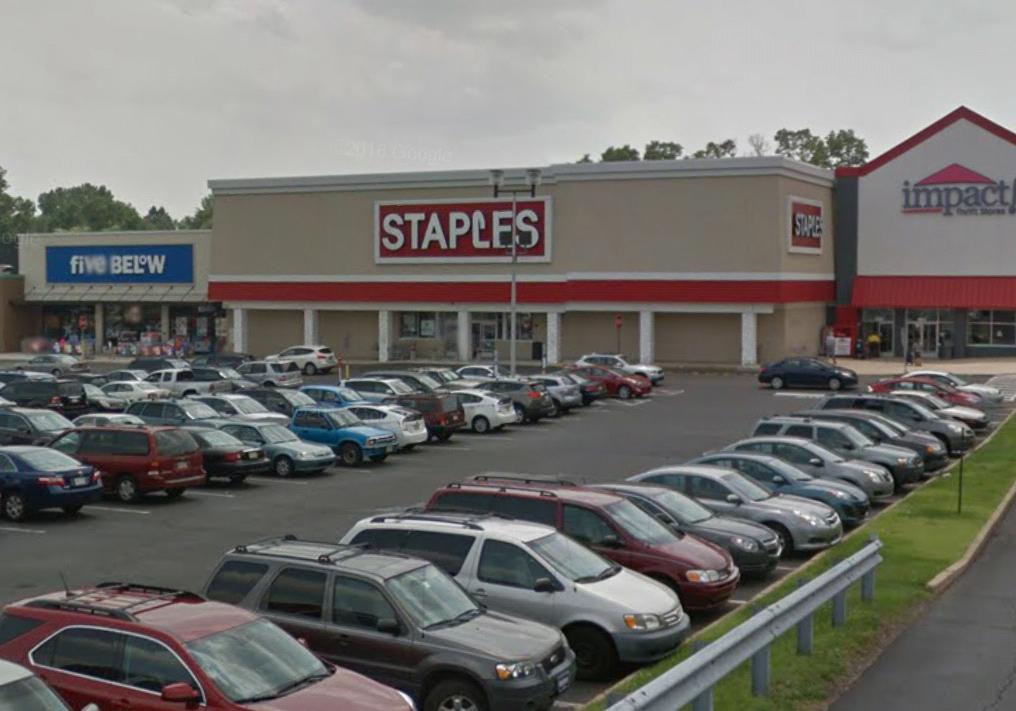 Staples - furniture store  | Photo 2 of 10 | Address: 93 E Street Rd, Feasterville-Trevose, PA 19053, USA | Phone: (215) 355-3025
