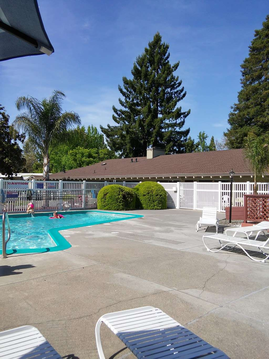 Valley Village - rv park  | Photo 4 of 10 | Address: 6401 Country Club Dr, Rohnert Park, CA 94928, USA | Phone: (707) 585-2599