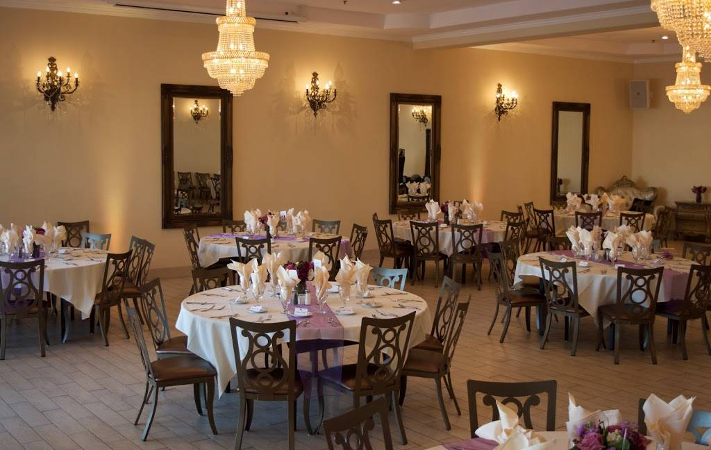 The Grand Banquet Room at Fresno Breakfast House - restaurant  | Photo 1 of 10 | Address: 2079 W Bullard Ave, Fresno, CA 93711, USA | Phone: (559) 431-1385