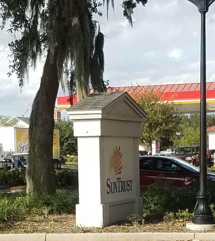 SunTrust - bank  | Photo 1 of 2 | Address: 2365 Parr Dr, The Villages, FL 32162, USA | Phone: (352) 561-3360