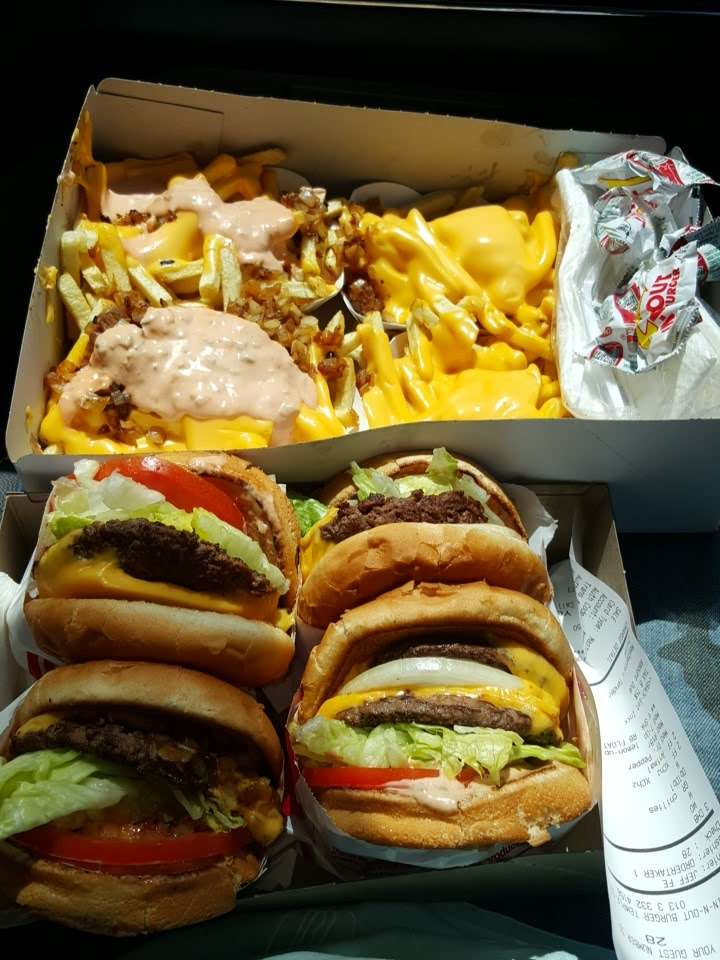 In-N-Out Burger - restaurant    Photo 7 of 10   Address: 10601 Lower Azusa Rd, Temple City, CA 91780, USA   Phone: (800) 786-1000