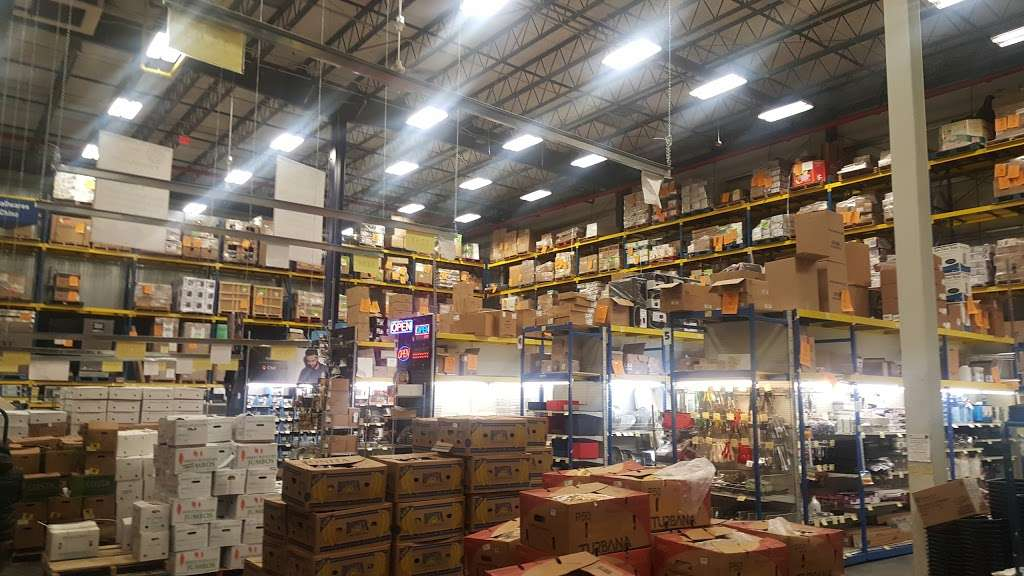 Restaurant Depot - store  | Photo 2 of 10 | Address: 100 Oak Point Ave, Bronx, NY 10474, USA | Phone: (718) 665-3910