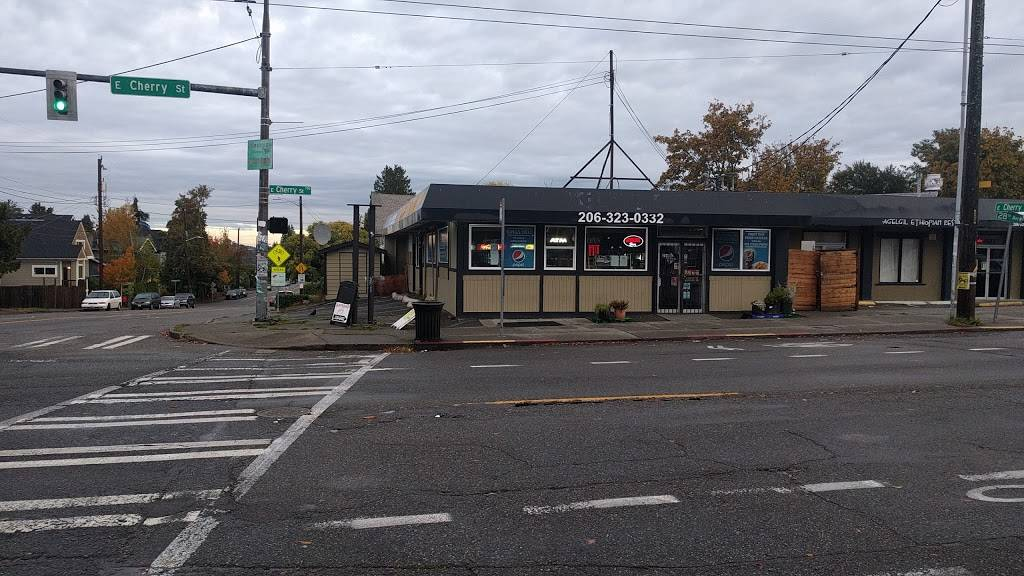 Kings Deli & Grocery - meal takeaway  | Photo 3 of 9 | Address: 2800 E Cherry St # C, Seattle, WA 98122, USA | Phone: (206) 720-5204
