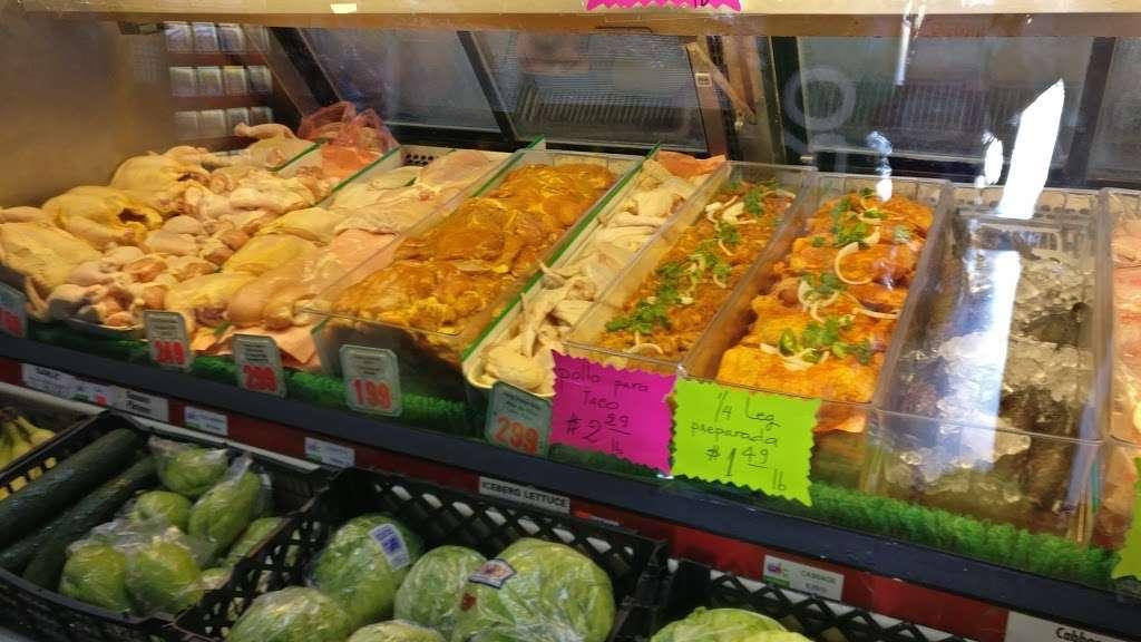 La Tapatia Meat Market - store  | Photo 2 of 5 | Address: 1506 W Edinger Ave, Santa Ana, CA 92704, USA | Phone: (714) 540-1460