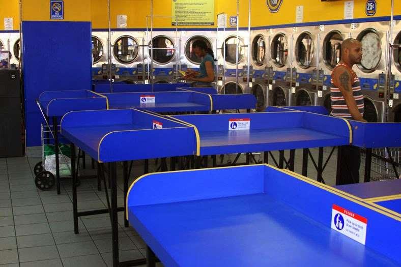 Clean Rite Center 24 HOURS - laundry    Photo 8 of 10   Address: 1332 Flatbush Ave, Brooklyn, NY 11210, USA   Phone: (718) 434-4627