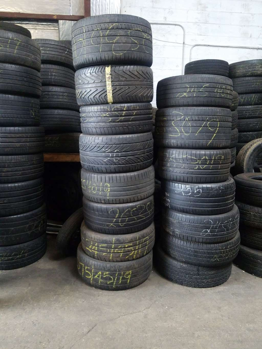 Ameritech Tire Inc. New & Used tires..24hrs tireshop - car repair  | Photo 6 of 10 | Address: 1205 Marblewood Ave, Capitol Heights, MD 20743, USA | Phone: (240) 764-8415