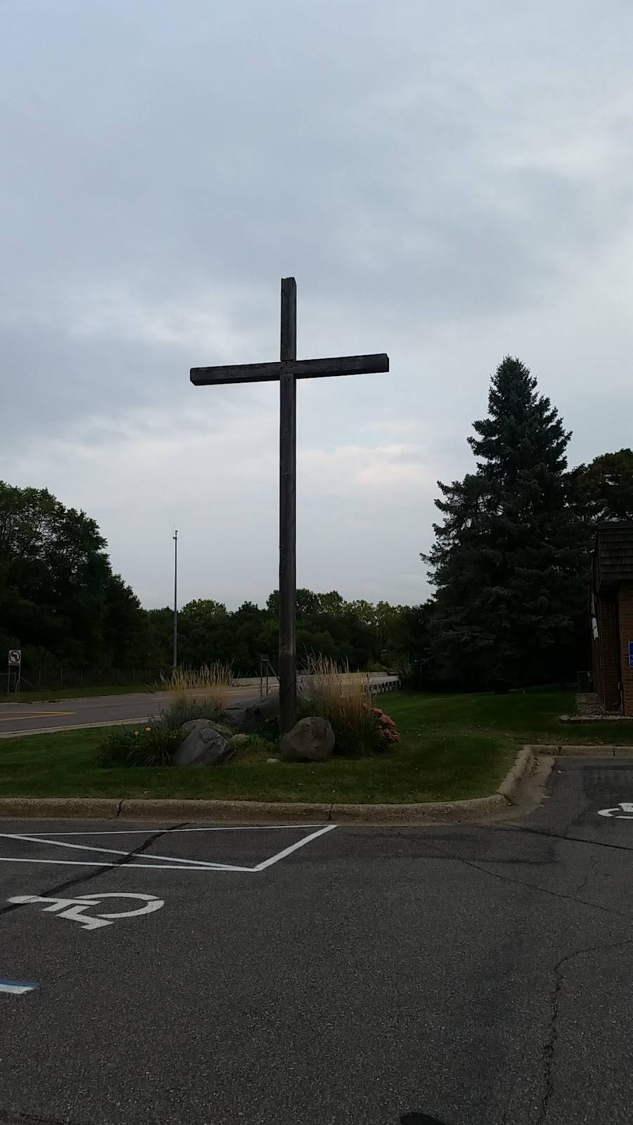 Christus Victor Lutheran Church - church  | Photo 3 of 4 | Address: 7510 Palomino Dr, Apple Valley, MN 55124, USA | Phone: (952) 454-6927