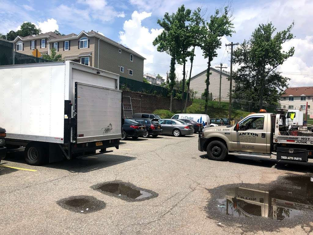 American Self Storage - moving company  | Photo 5 of 10 | Address: 330 Tompkins Ave, Staten Island, NY 10304, USA | Phone: (646) 569-9770