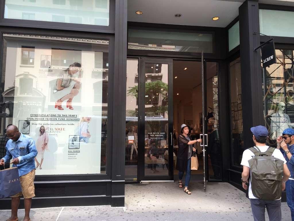 J.Crew - clothing store  | Photo 8 of 10 | Address: 91 5th Ave, New York, NY 10003, USA | Phone: (212) 255-4848
