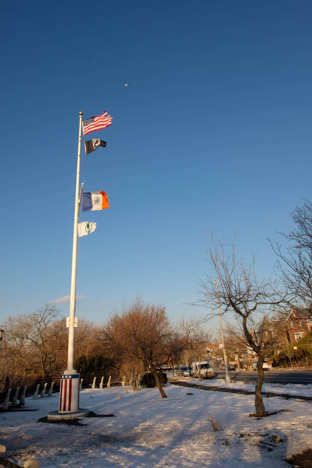 Old Glory Lookout - museum  | Photo 7 of 10 | Address: Shore Rd, Brooklyn, NY 11209, USA