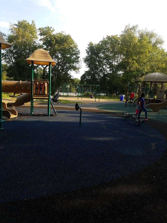 Rockburn Park Playground - park  | Photo 10 of 10 | Address: 6105 Rockburn Branch Park Rd, Elkridge, MD 21075, USA | Phone: (410) 313-4700