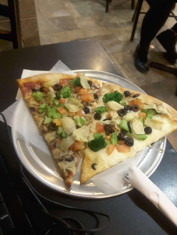 Piccolo Trattoria Italian Restaurant - restaurant  | Photo 7 of 10 | Address: 455 Main St, New York, NY 10044, USA | Phone: (212) 753-2300
