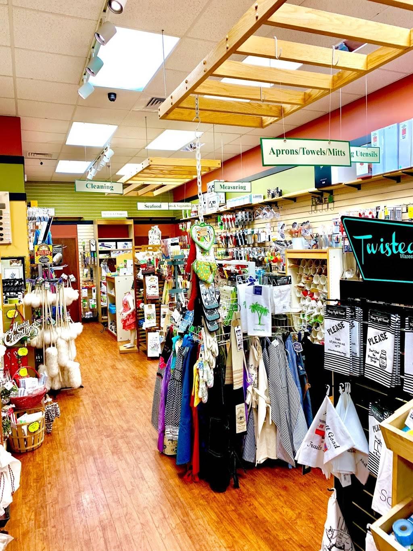 Rolling Pin Kitchen Emporium - department store  | Photo 5 of 10 | Address: 2080 Badlands Dr, Brandon, FL 33511, USA | Phone: (813) 653-2418