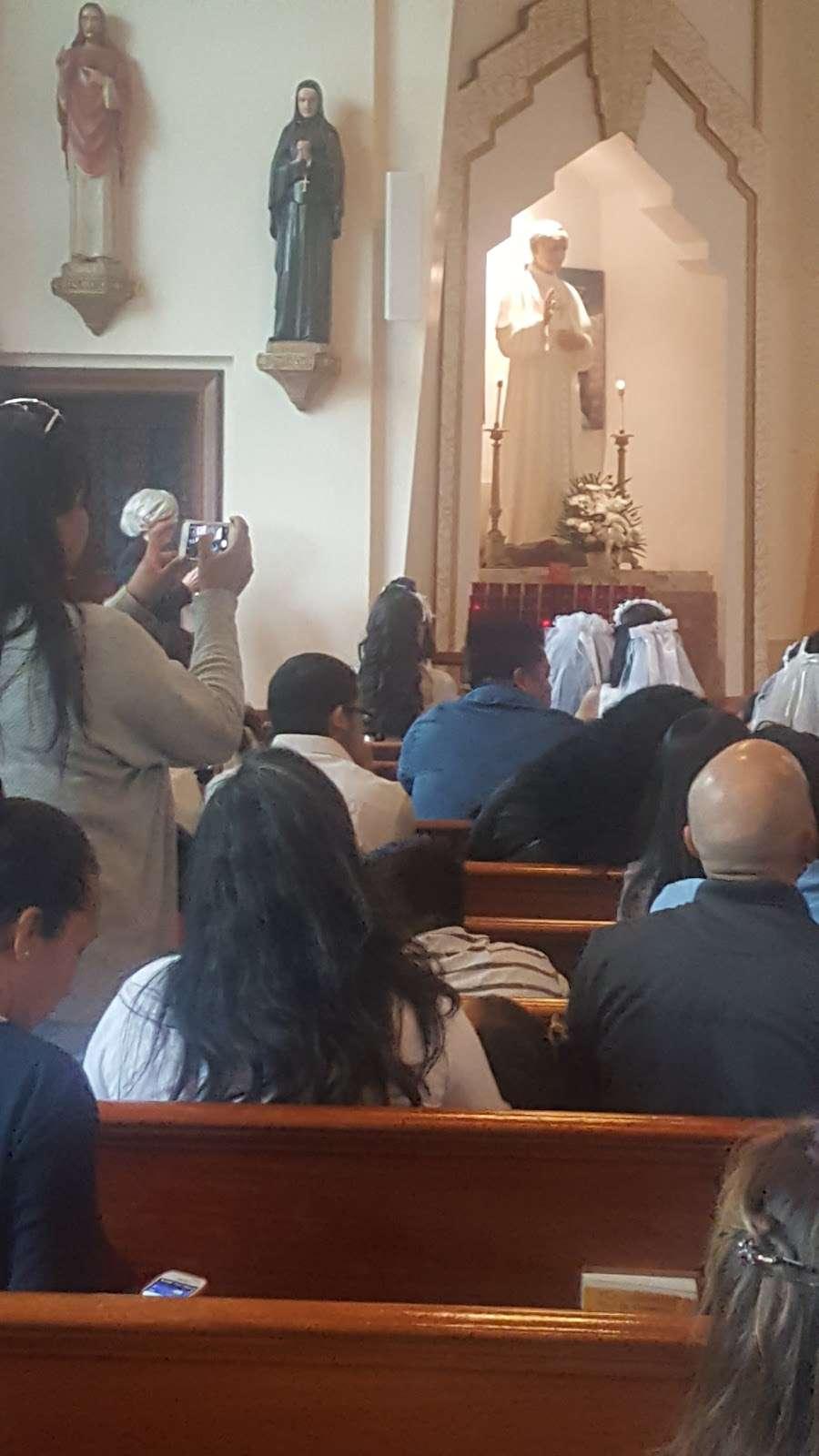 St Marys Winfield - church  | Photo 8 of 10 | Address: 70-31 48th Ave, Woodside, NY 11377, USA | Phone: (718) 672-4848