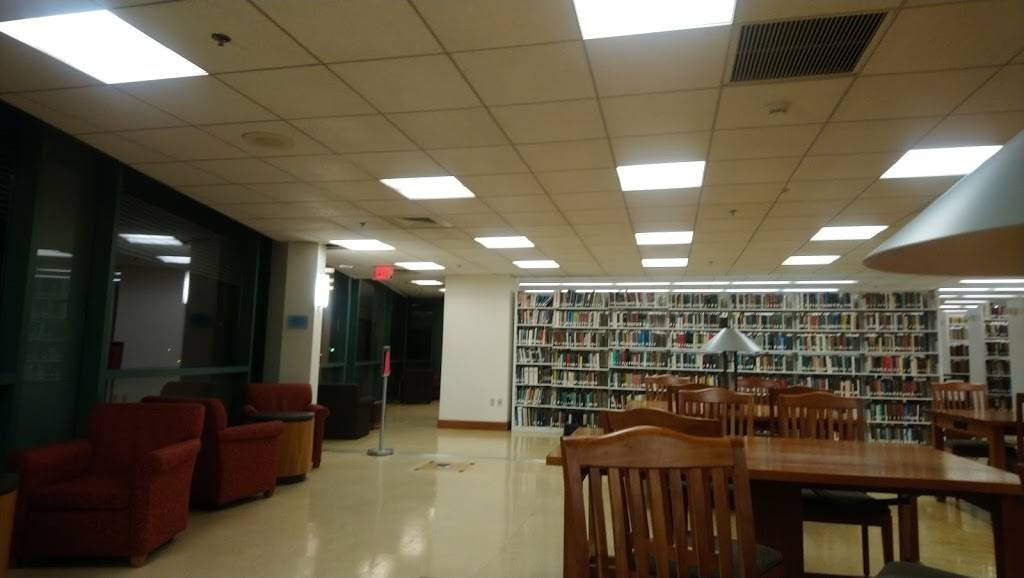 Beatley Library - library  | Photo 2 of 5 | Address: 2 Avenue Louis Pasteur, Boston, MA 02115, USA | Phone: (617) 521-2780