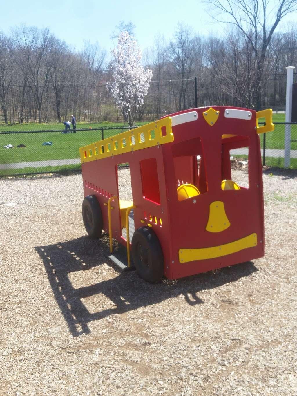 Lions Park - park  | Photo 2 of 10 | Address: 236-, 240 Lake St, Upper Saddle River, NJ 07458, USA