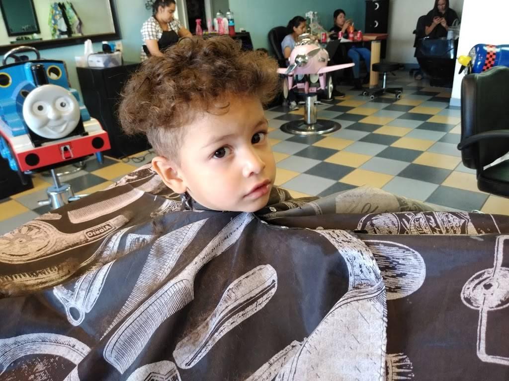 Fun Cuts 4 Kids - hair care  | Photo 5 of 7 | Address: 5989 N Mesa St, El Paso, TX 79912, USA | Phone: (915) 307-4938