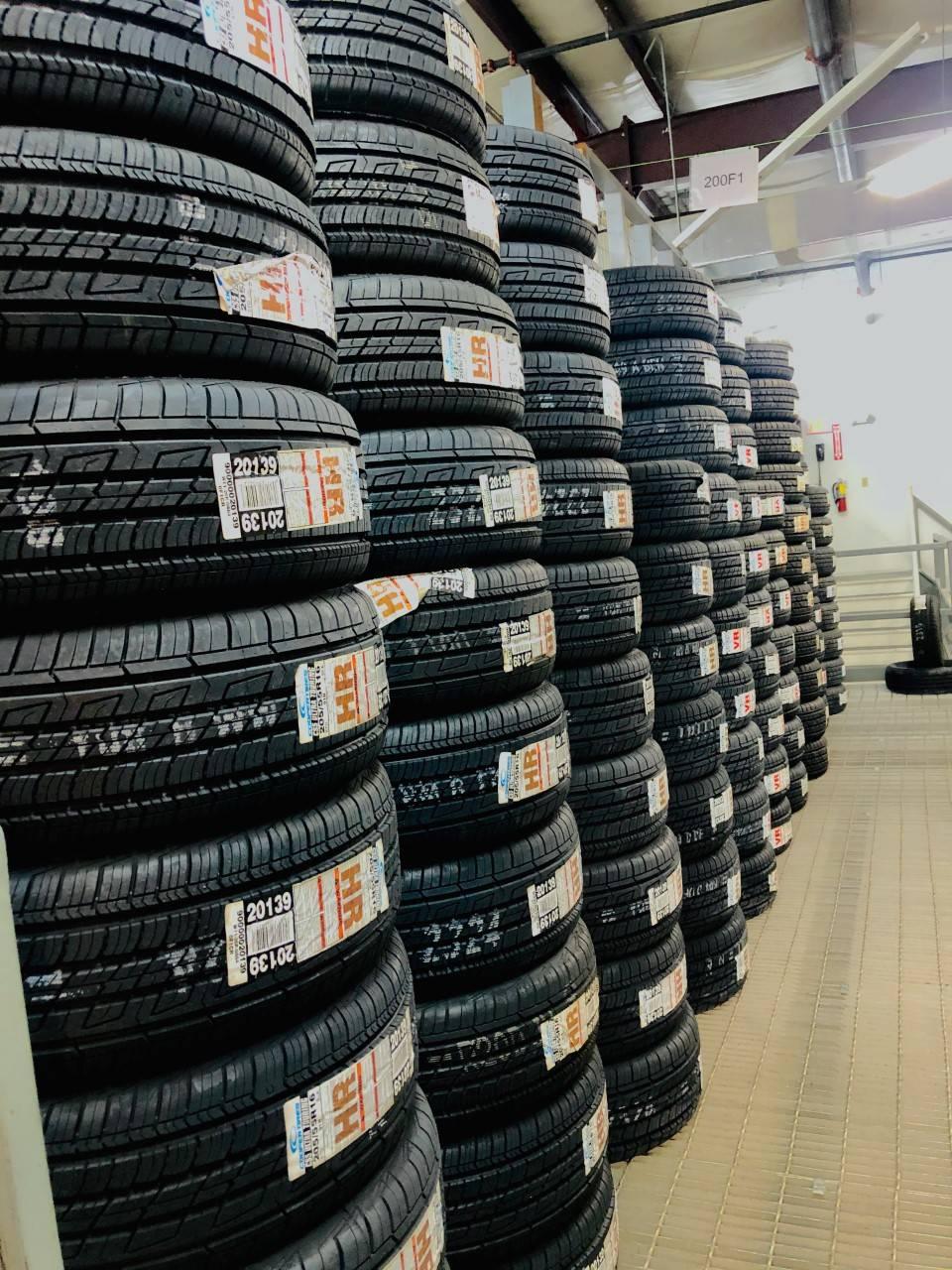 Universal Hyundai Parts Center - car repair  | Photo 3 of 10 | Address: 12801 S Orange Blossom Trail, Orlando, FL 32837, USA | Phone: (407) 545-8495