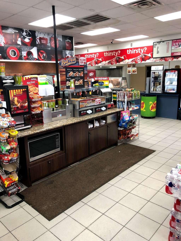 CHEVRON - SENS FOOD MART - convenience store  | Photo 5 of 10 | Address: 1444 Sens Rd, La Porte, TX 77571, USA | Phone: (281) 470-2700
