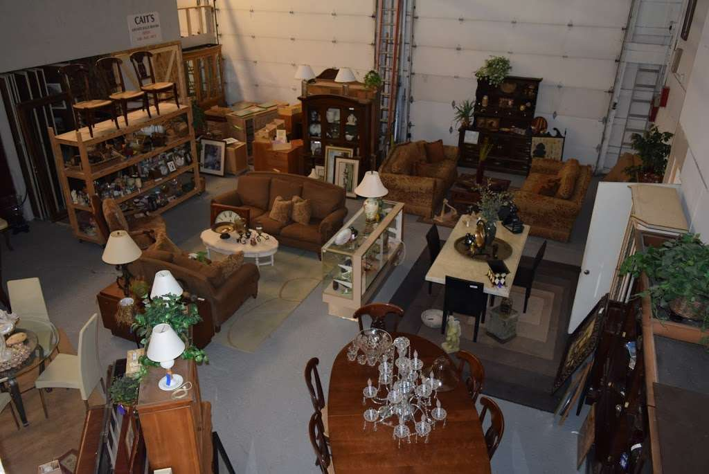 Caits Warehouse - Consignments and Estate Sales - furniture store  | Photo 9 of 10 | Address: 10201 191st St, Mokena, IL 60448, USA | Phone: (708) 995-7746