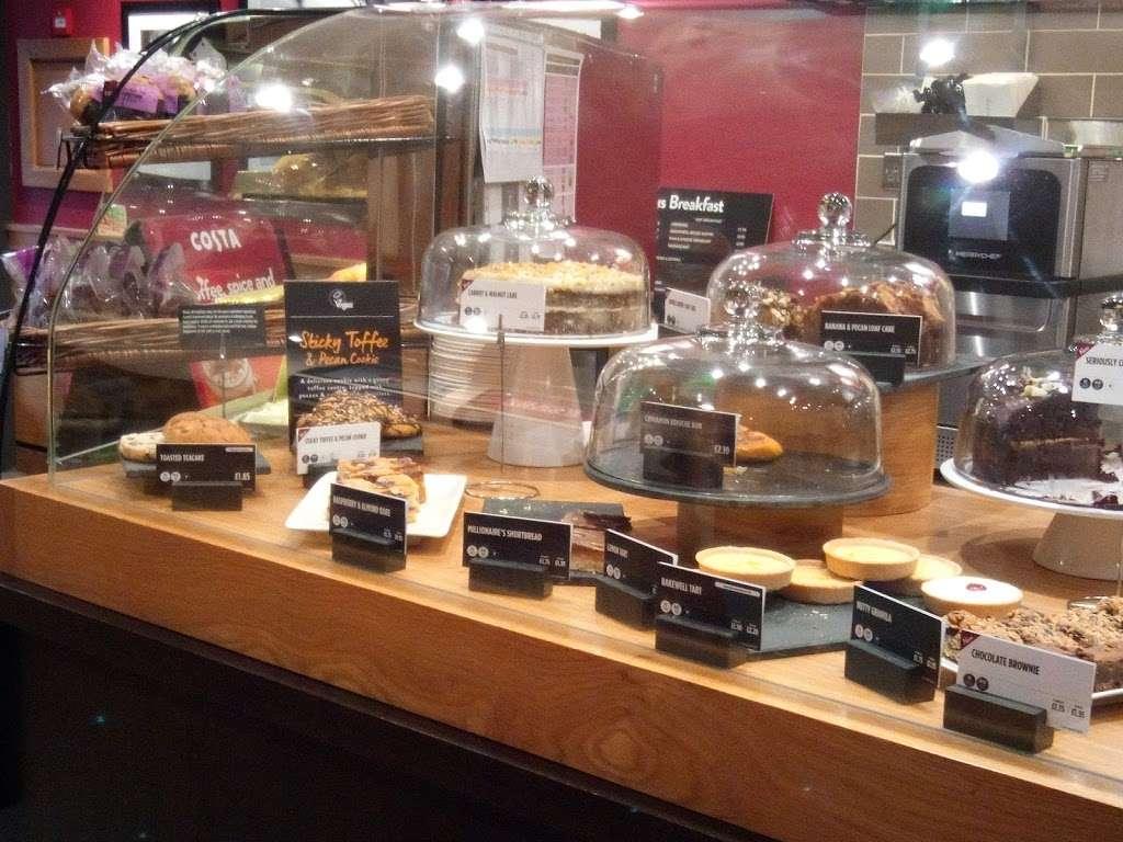 Costa Coffee - cafe    Photo 2 of 10   Address: 8 Warwick Parade, Kenton Ln, Harrow HA3 8SA, UK   Phone: 020 8907 7759