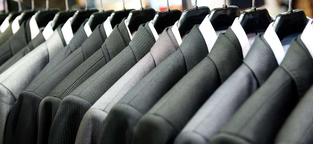 Lux Dry Cleaning - laundry  | Photo 9 of 10 | Address: 9321 63rd Dr, Rego Park, NY 11374, USA | Phone: (718) 459-7770