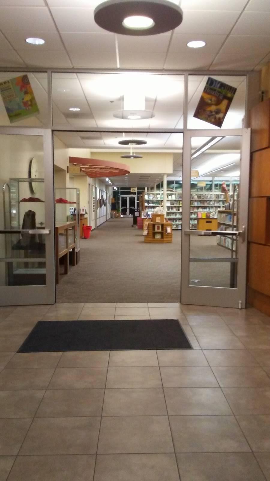 Haltom City Public Library - library  | Photo 3 of 9 | Address: 4809 Haltom Rd, Haltom City, TX 76117, USA | Phone: (817) 222-7786