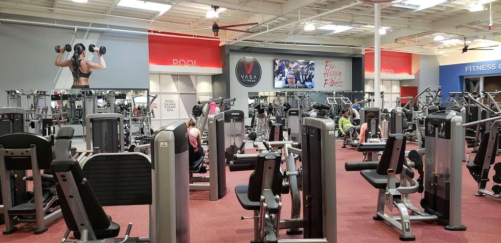 VASA Fitness - gym    Photo 1 of 9   Address: 4255 W Thunderbird Rd, Phoenix, AZ 85053, USA   Phone: (602) 603-0811