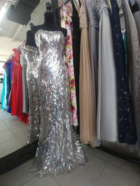ozunas renta de vestidos - clothing store    Photo 2 of 3   Address: Av. Paseo de la Victoria 8040, Partido Romero, 32540 Cd Juárez, Chih., Mexico   Phone: 656 266 2886