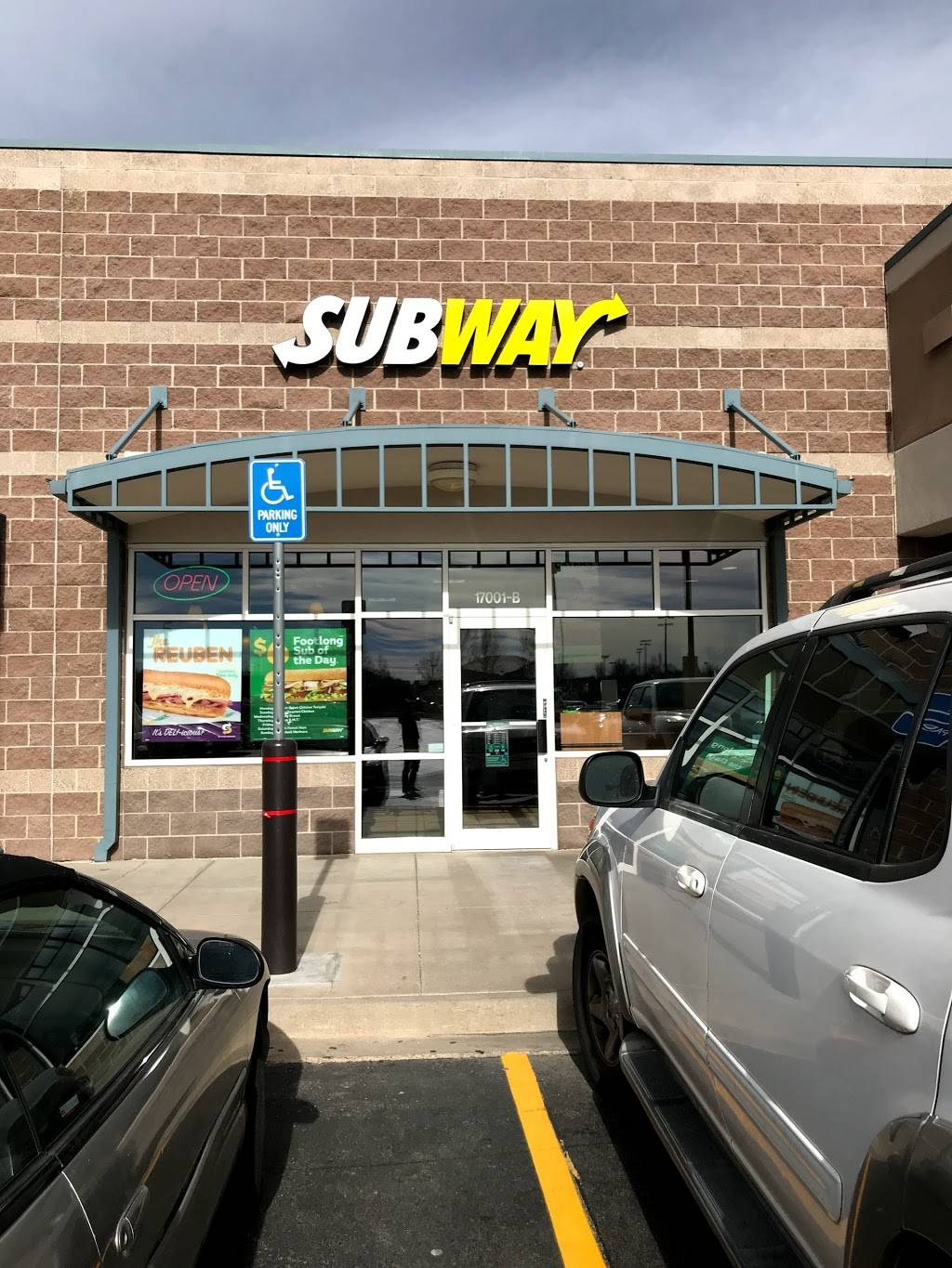 Subway - meal takeaway  | Photo 1 of 10 | Address: 17001 Lincoln Ave #B, Parker, CO 80134, USA | Phone: (720) 851-9829