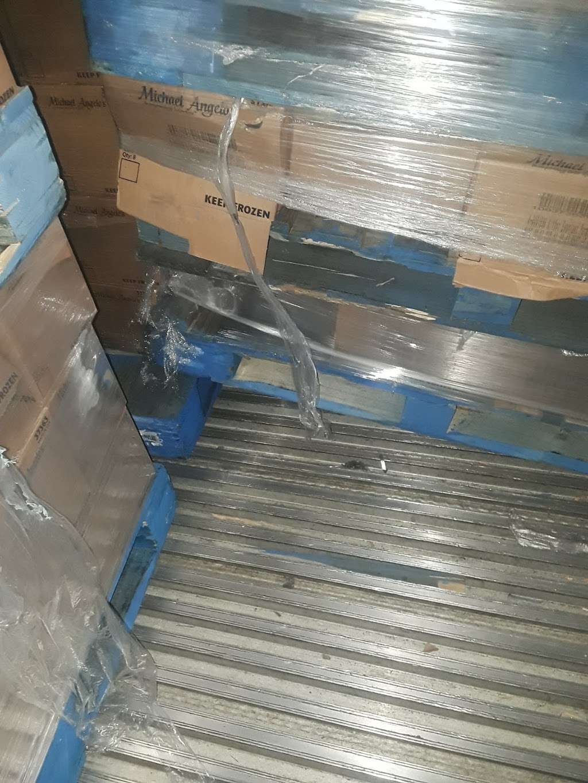 AmeriCold Logistics - storage  | Photo 8 of 10 | Address: 7600 W Van Buren St, Phoenix, AZ 85043, USA | Phone: (623) 907-3667