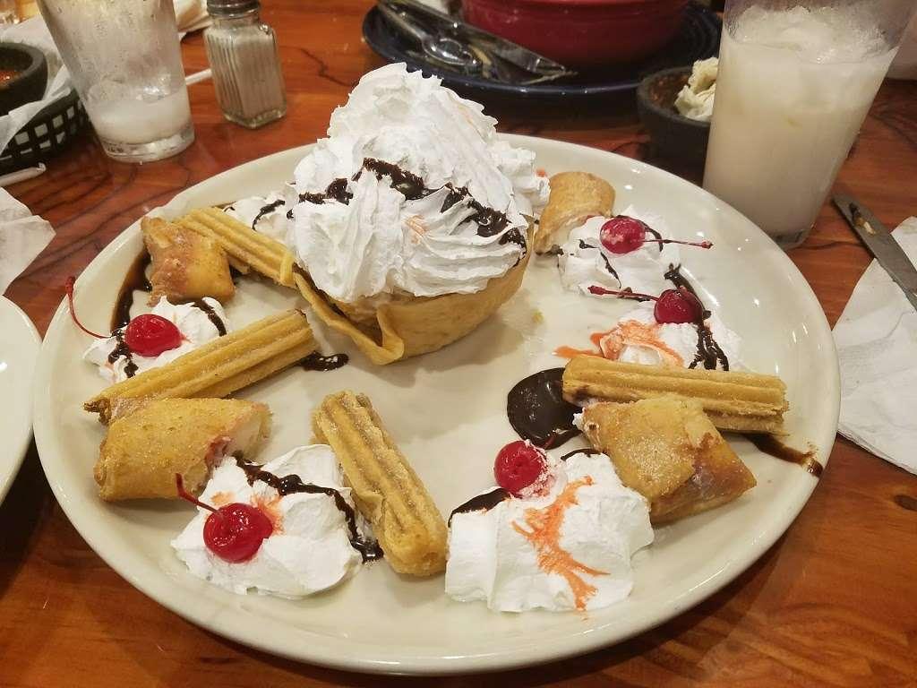 Dos Amigos Mexican Restaurant - restaurant  | Photo 6 of 10 | Address: 1222 Conover Blvd W, Conover, NC 28613, USA | Phone: (828) 466-1920