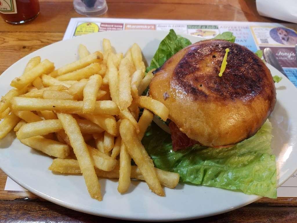 Leggios Italian Restaurant - restaurant  | Photo 5 of 10 | Address: 64 E Center Hill Rd, Dallas, PA 18612, USA | Phone: (570) 675-4511