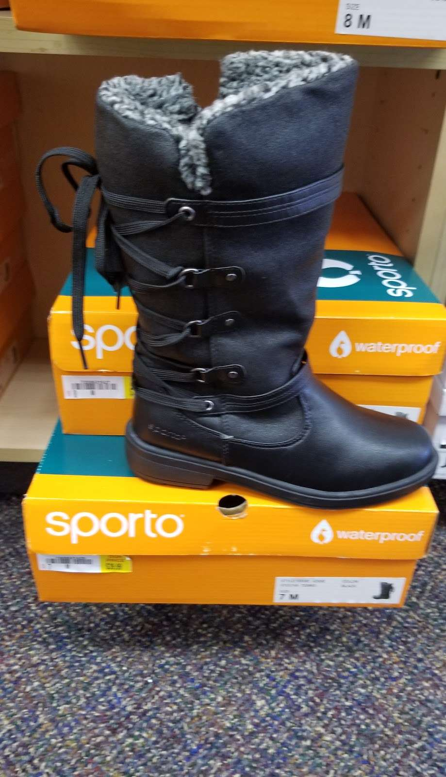 Shoe Dept. - shoe store  | Photo 8 of 10 | Address: 1006 W Broadway St, Monticello, IN 47960, USA | Phone: (574) 583-9815