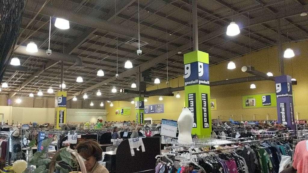 Goodwill - store  | Photo 7 of 10 | Address: 4851 US-1, Rockledge, FL 32955, USA | Phone: (321) 890-1441