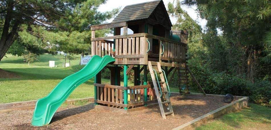 Karalot Kids - school    Photo 1 of 4   Address: 8258 Crest Rd, Laurel, MD 20723, USA   Phone: (301) 490-8527