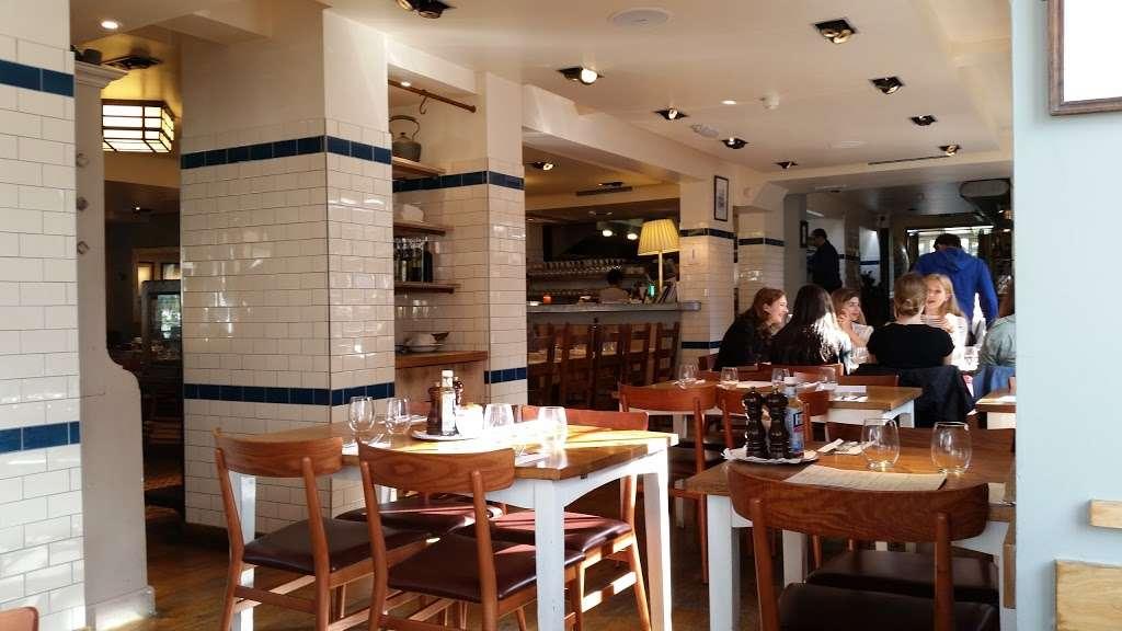 Rocca Di Papa - restaurant    Photo 1 of 10   Address: 75-79 Dulwich Village, London SE21 7BJ, UK   Phone: 020 8299 6333