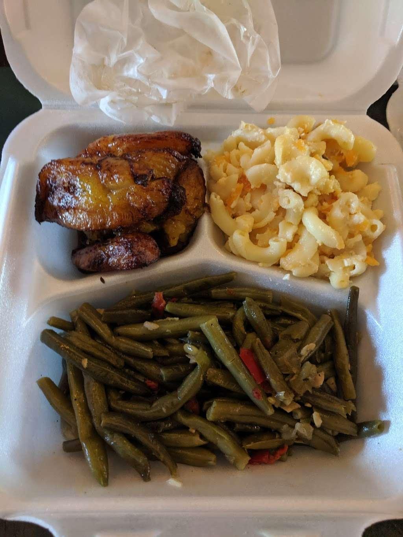 Royals Restaurants - restaurant  | Photo 7 of 10 | Address: 7802 Limekiln Pike, Philadelphia, PA 19150, USA | Phone: (215) 224-0627