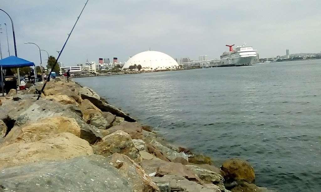 Pier J - Fishing Spot - park  | Photo 2 of 10 | Address: Long Beach, CA 90802, USA