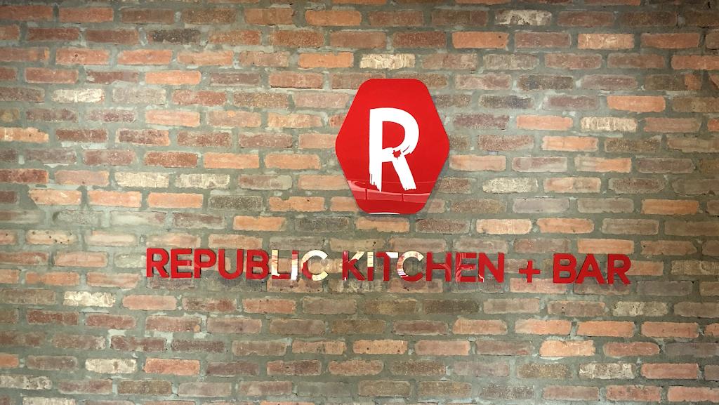 Republic kitchen and bar - restaurant  | Photo 1 of 10 | Address: 262 Main St, Monroe, CT 06468, USA | Phone: (203) 590-3826