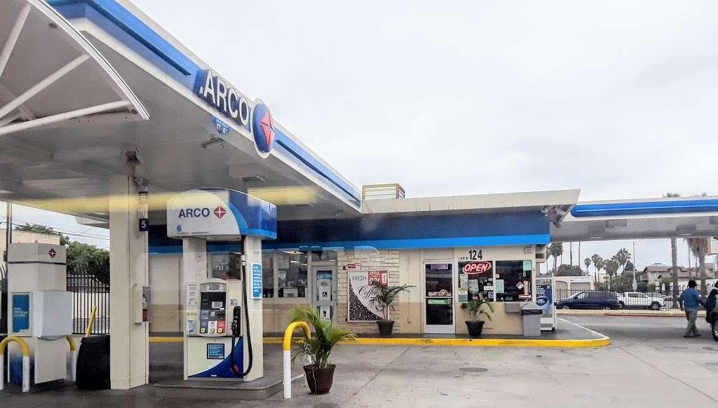 ARCO - gas station    Photo 2 of 10   Address: 124 W Pacific Coast Hwy, Long Beach, CA 90806, USA   Phone: (562) 599-8494